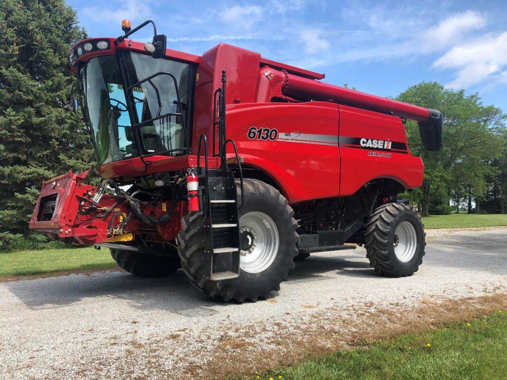 Case combine, JD 4640 tractor, Brent 780 grain cart